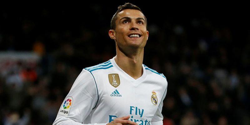Cristiano Ronaldo (€34 miljoen)