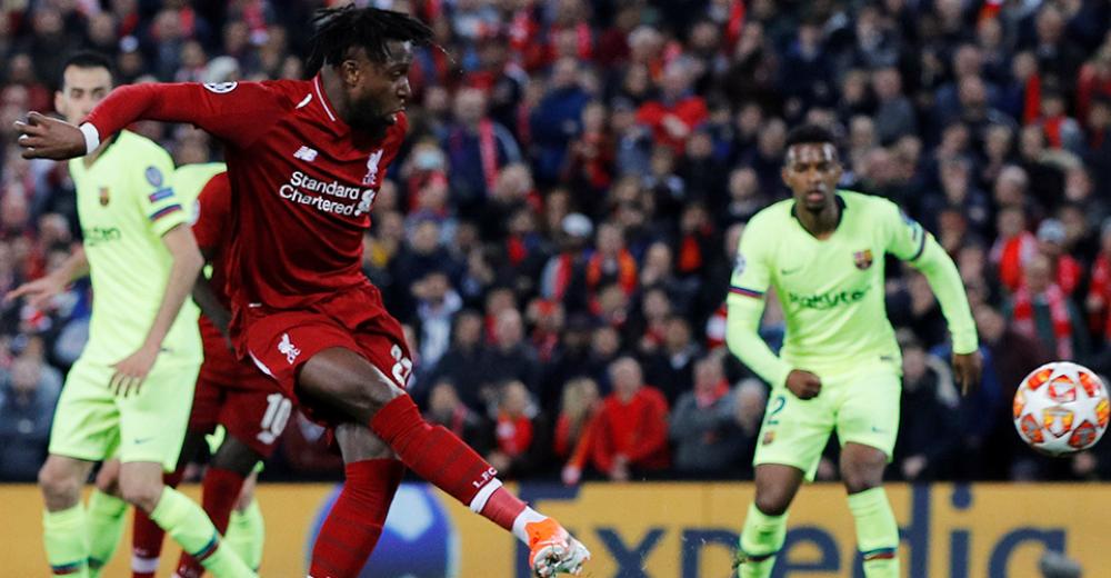 Weergaloze corner TAA wordt binnengeschoten door Origi waarmee Liverpool comeback volbrengt