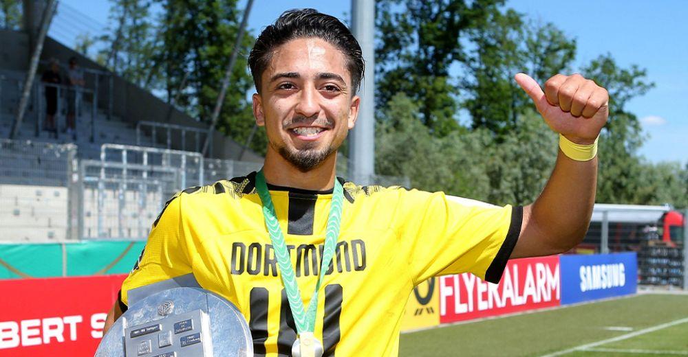 Immanuël Pherai (18 jaar, Borussia Dortmund)