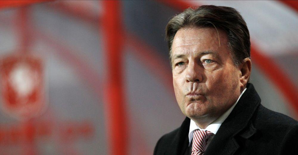 9. Co Adriaanse (17 speelrondes als trainer van FC Twente)