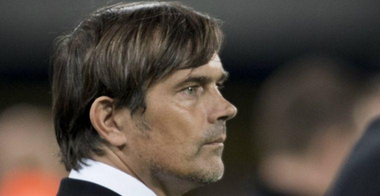 Kritiek op PSV-trainer Cocu zwelt aan: 'Dan ben je met deze prestaties snel exit'