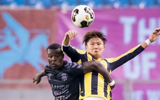 Afbeelding: Terugkeer Büttner stap dichterbij: Vitesse verkoopt overbodige international