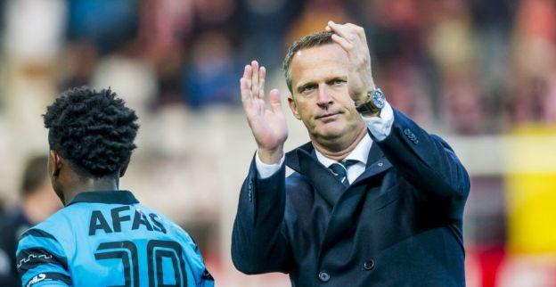 Van den Brom weet van vormdip Lyon: 'Zij zitten beetje in een crisis'