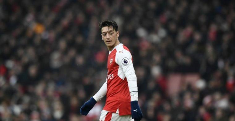 'Pispaaltje' Özil bijt van zich af: 'Ze gebruiken hem als zondebok'