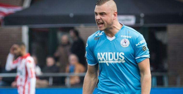 Bizarre slotfase bij Sparta - Feyenoord: Het is gewoon een overtreding