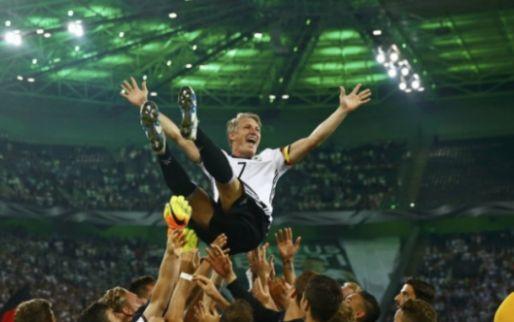 Afbeelding: United bevestigt afronden van transfer: heldenontvangst voor Mourinho-banneling