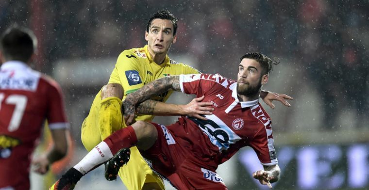 OFFICIEEL: Vlak voor start Play-Offs laat Kortrijk aanvaller gaan