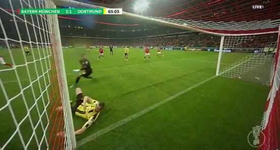 Afbeelding: Nachtmerrie voor Robben door briljant Dortmund-blok
