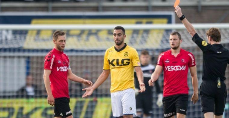 Fantasieloos Roda JC knokt zich met tien man naar zege in play-offs