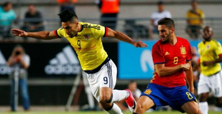 Izquierdo debuteert met gelijkspel tegen Spanje, Italië viert tegen Uruguay