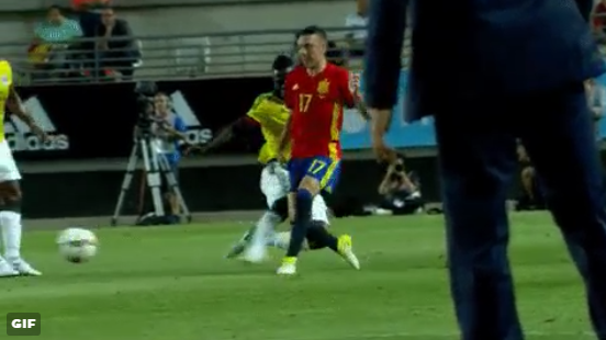 Ajacied Sánchez hanteert botte bijl in oefeninterland tegen Spanje