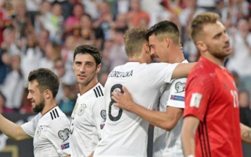 Afbeelding: Younes draagt met goal en assist bij aan Duitse monsterzege; hattrick Lewandowski