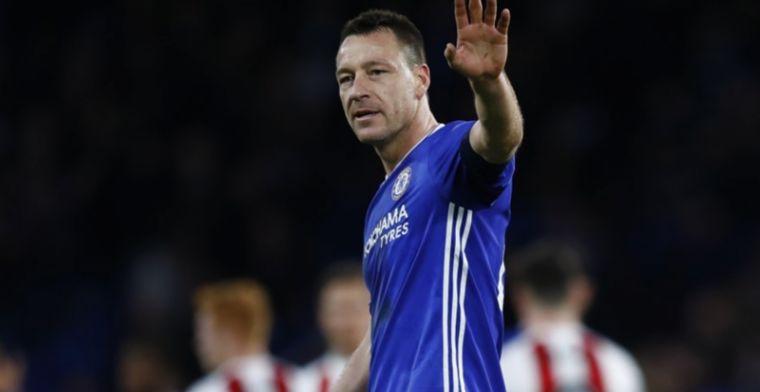 Update: Aston Villa bevestigt komst Terry met 'inkijkje' in Whatsapp-groep