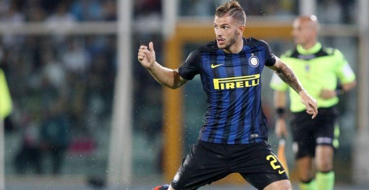 'De Boer begeeft zich op transfermarkt: Inter-verdediger wordt ploegmaat Benteke'