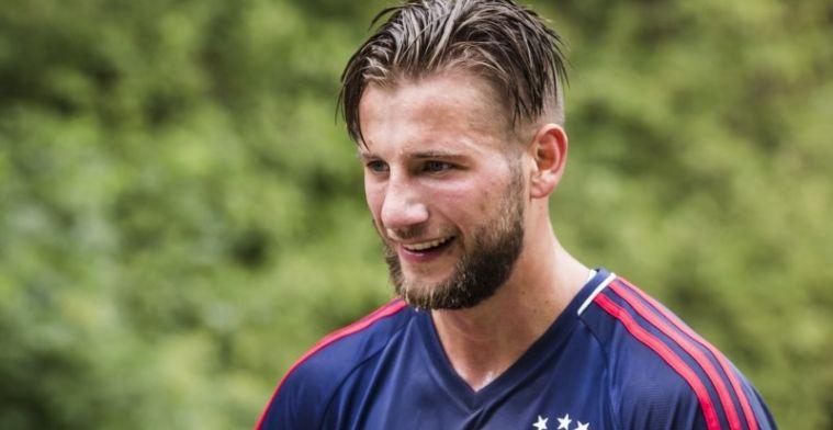 'Ajax accepteert bod van drie miljoen; overbodige Dijks bereikt geen akkoord'