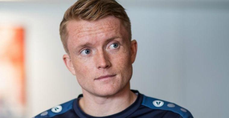 Larsson niet, St. Juste wel op teamfoto Heerenveen: Hij wil niet op de foto