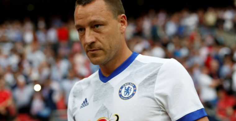 Terry heeft het zwaar in Championship: 'Welkom in de lagere competities, vriend'