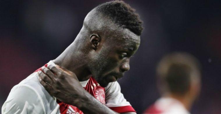 Ajax komt met statement over Sánchez: 'Overmars en ik hebben contact gehad'