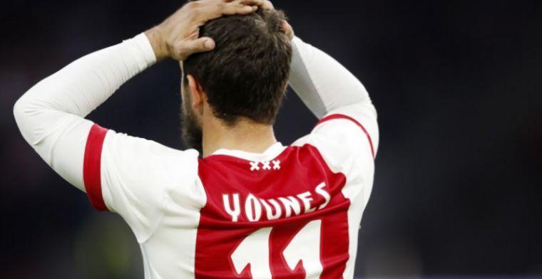 Younes is het niet eens met teamgenoten: 'Zij doen dat wel, maar ik niet'