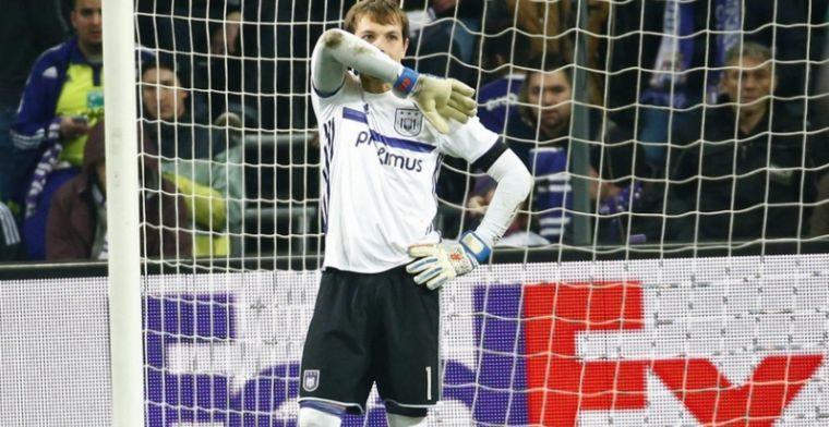 'Excelsior grijpt naast te dure doelman; Waasland-Beveren trekt aan langste eind'
