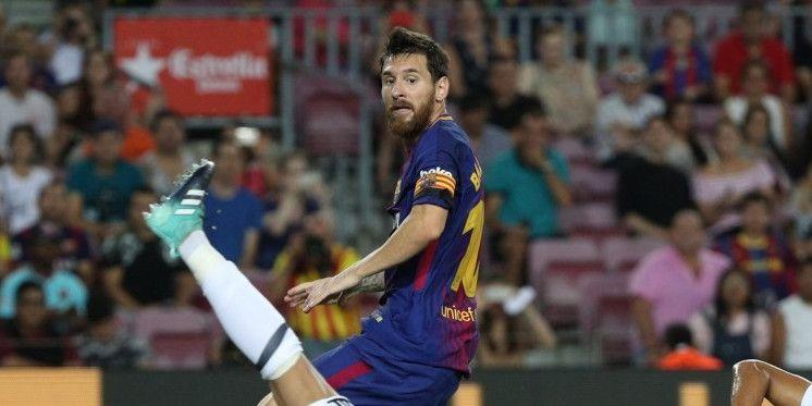 'Sceptische Messi wacht transferontwikkelingen af en tekent nog niet bij'