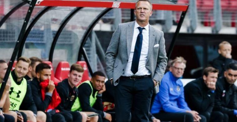 Van den Brom voorspelt: 'Hij is echt niet onder de indruk van Lazio'