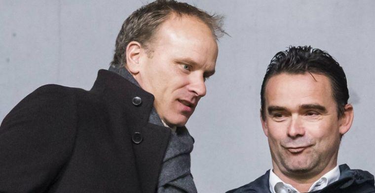 'Critici fluisteren: houd Bergkamp te vriend als je wat wilt bereiken bij Ajax'