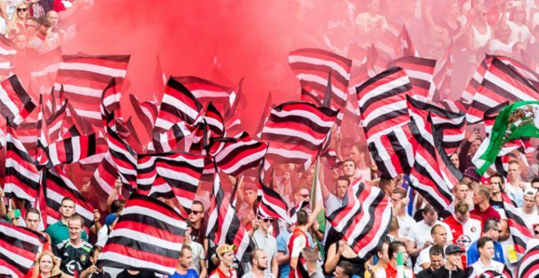 Politie Napels arresteert misdragende dronken Feyenoord-fans