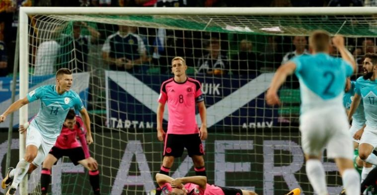 Drama voor Schotland, Denemarken naar play-offs, Kane weer beslissend