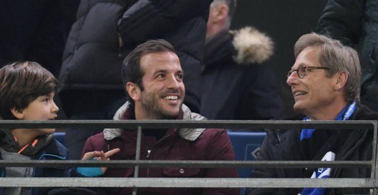 Moniz flirt met Van der Vaart: 'Misschien kan hij in januari komen'
