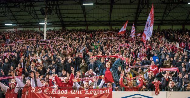 Heerlijk: superfans van Antwerp supporteren op wel héél bijzondere locatie