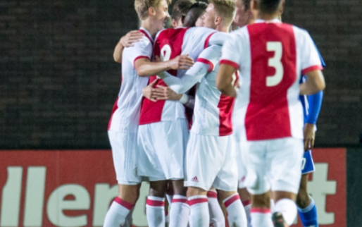 Jong Ajax, met A-spelers, verstevigt koppositie, totale offday Jong AZ