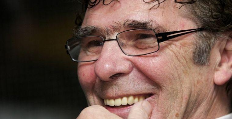 Van Hanegem weigert Voetbal Inside-coryfee te feliciteren: Niet bijzonder