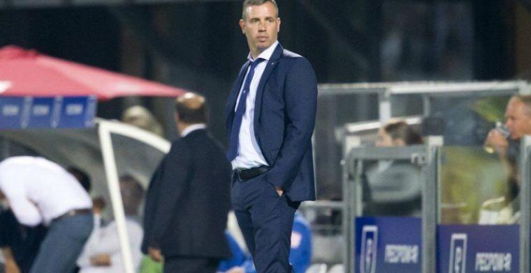 Eerste Eredivisie-trainer sneuvelt: Hake niet langer trainer van FC Twente