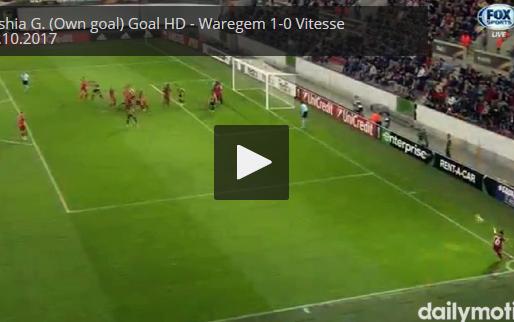 GOAL: Zulte Waregem heeft dat doelpunt beet, al komt het van Vitesse-hoofd