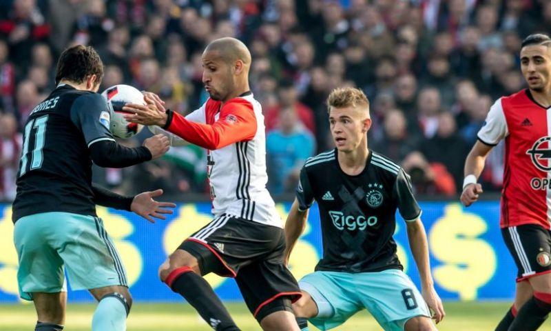 Afbeelding: Ophef over 'walgelijke' anti-Ajax-foto: 'Enorme laagheid en smeerlapperij'