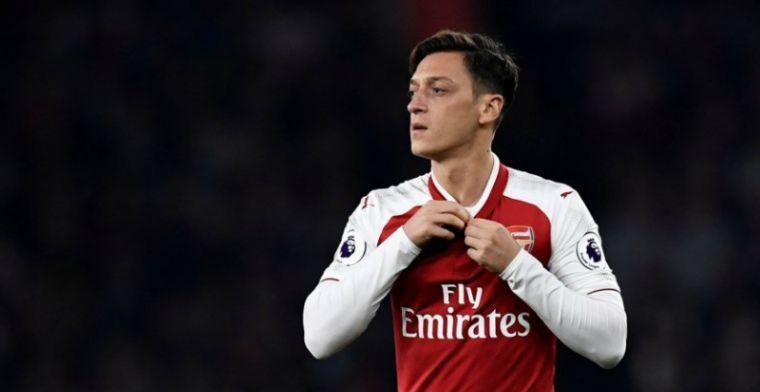 'Özil brengt Arsenal-ploeggenoten op de hoogte van zeer omstreden transfer'