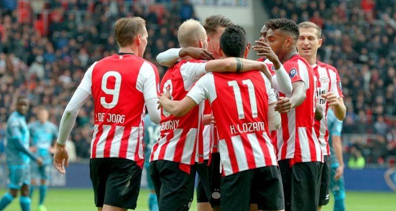 Afbeelding: PSV kan lekker achterover leunen bij Klassieker na zakelijke zege op Heracles
