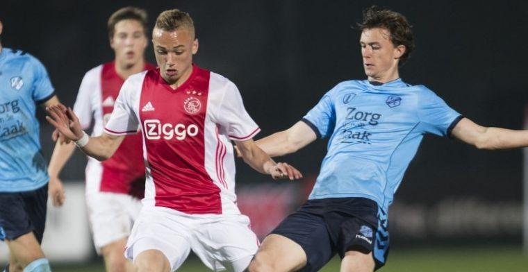 'Met een Ajax-shirt onder mijn vest ging ik naar de Feyenoord-training'