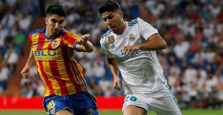 El Valencia puede verse obligado a vender a Carlos Soler en verano