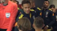 Imagen: Neymar confiesa por qué se fue al PSG a un niño