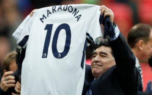 Imagen: Un club le hace la 'cobra' públicamente a Diego Armando Maradona