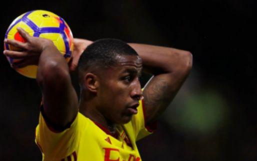Afbeelding: Zeegelaar krijgt na 6 seconden elleboog bij Premier League-debuut: