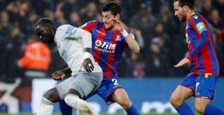 'Gevaarlijke beslissing' treft duikelende Everton-aanvaller en zorgt voor primeur