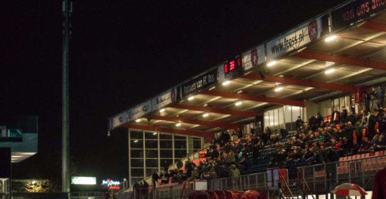 Opmerkelijk moment: spelers Oss en Jong PSV krijgen slechts één minuut rust