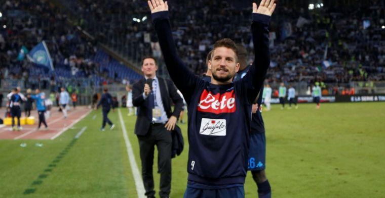HAHA! Napoli kroont Mertens nu écht tot een koning!