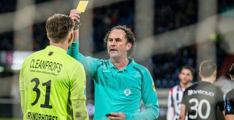 Willem II-doelman geeft scheidsrechter een duw: 'Ik zei al: het was een reflex'