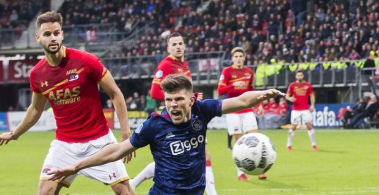 AZ'er baalt van Huntelaar: 'Ineens valt hij, de scheidsrechter wordt beïnvloed'