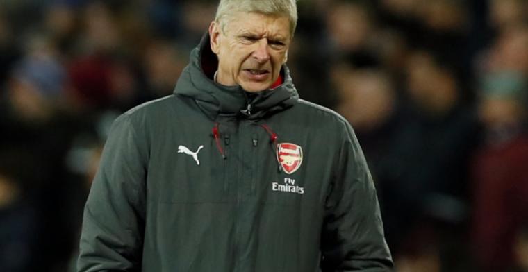 Bijdehante reactie na wangedrag Wenger: 'Hij zit zondag op de tribune. U ook?'