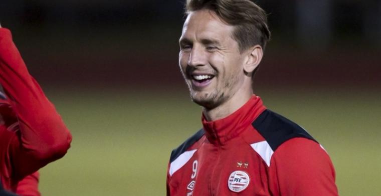 'Ik informeer me wel over buitenlandse club, maar heb het bij PSV naar m'n zin'